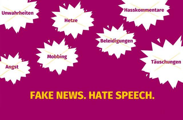 Junge Menschen diskutieren Strategien gegen Fake News und Hate Speech